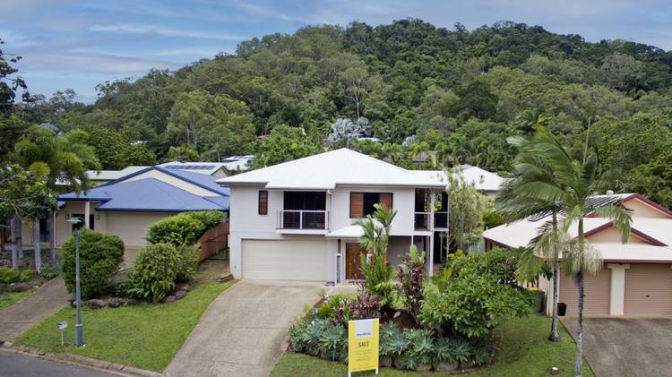 16 Lookout Terrace, TRINITY BEACH, Cairns & District, 4879, QLD